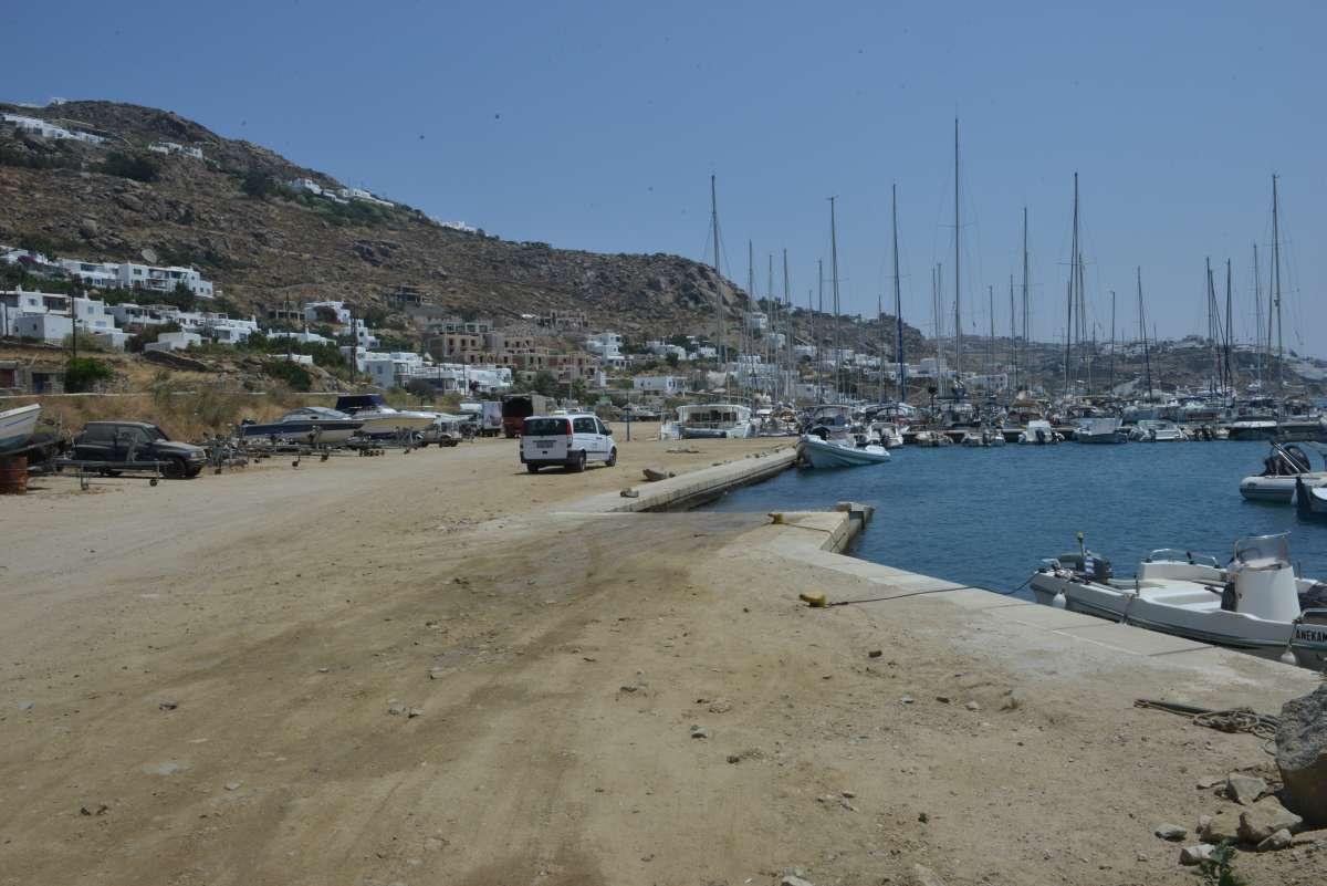 mykonos_marina_0021