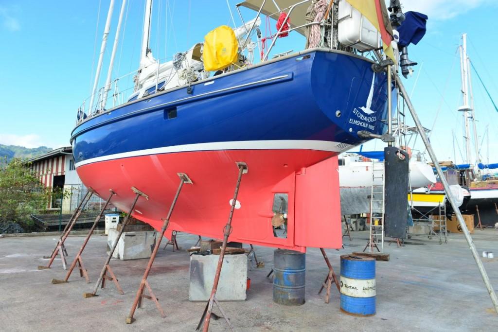 STROMVOGEL in der Werft von TAHITI